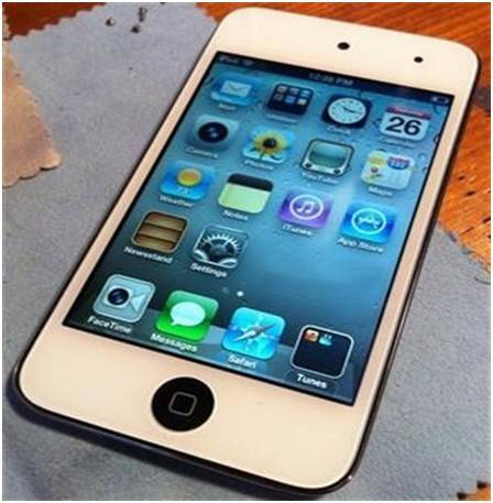 Do Any 2012 Smartphones Stand a Chance Against the iPhone 5?